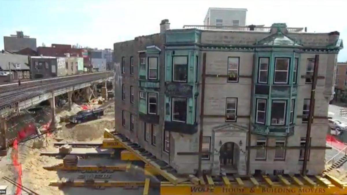 Watch: CTA Moves 1,000-Ton Historic Building 30Feet